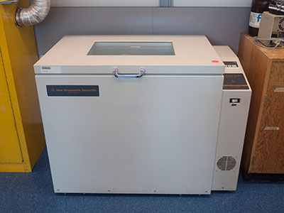 Incubator Shaker, New Brunswick Scientific C25KC